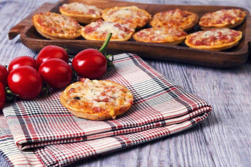 Leek and Prosciutto Pizza Muffins