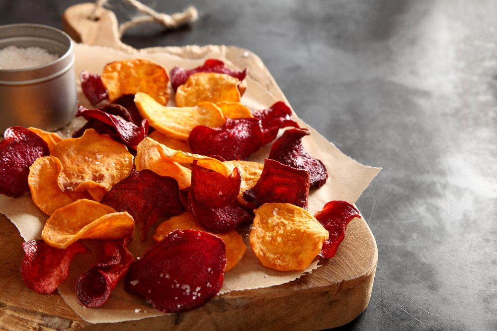 Vegetable Chips with Spicy Peanut Dip