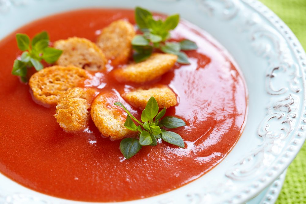 Classic Garlic and Tomato Soup