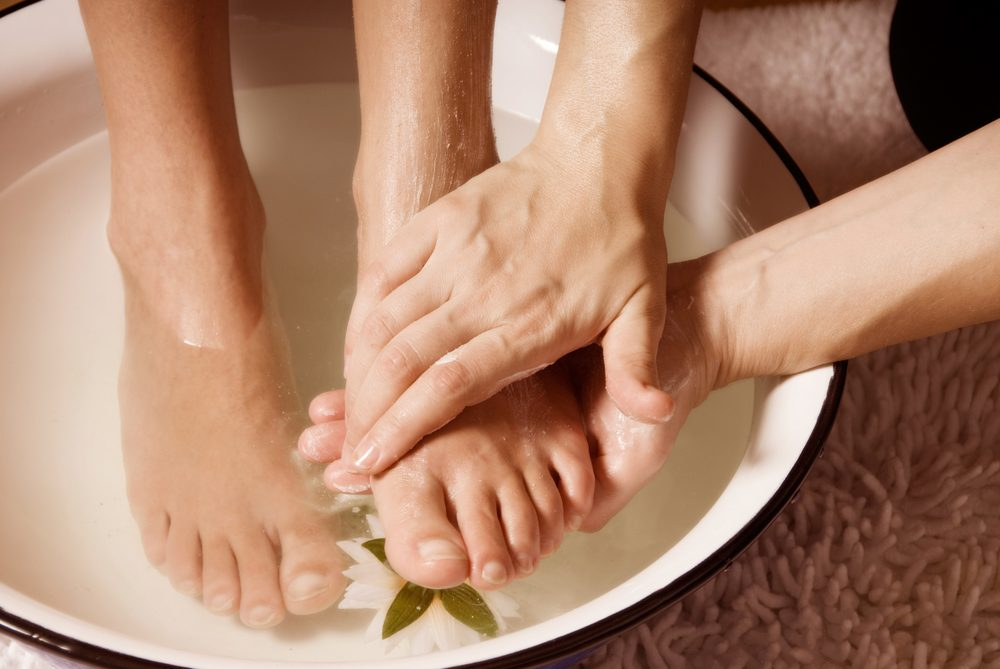 Relieve Foot Pain With These Natural Home Remedies