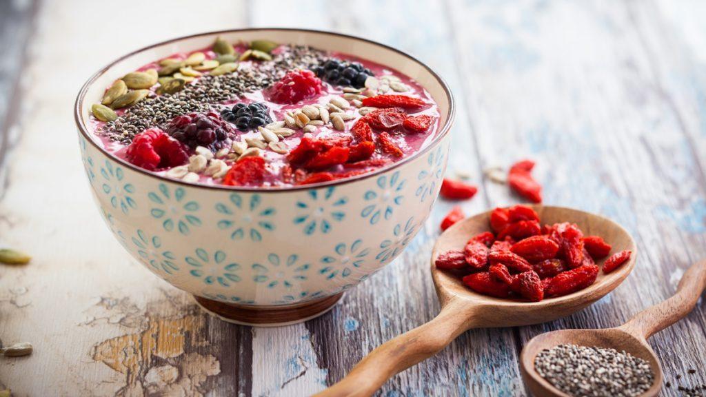 goji berry berries breakfast bowl