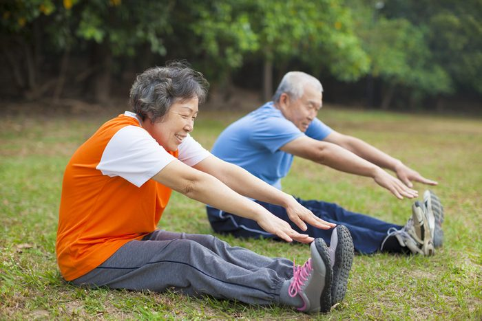 stay strong as you age_couple stretching