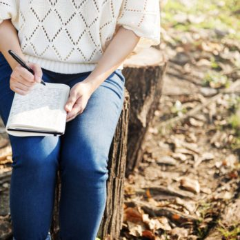 A Week's Worth of Insightful Prompts For Your Gratitude Journal