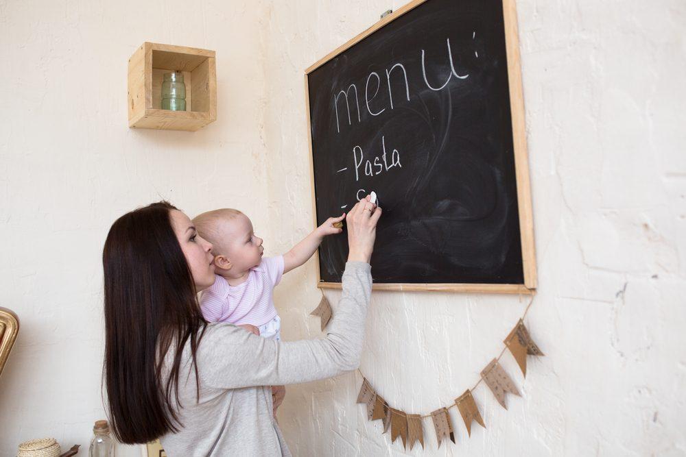 woman meal planning_ weeknight food prep tips