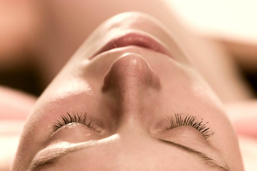 Is Eyelash Tinting Safe