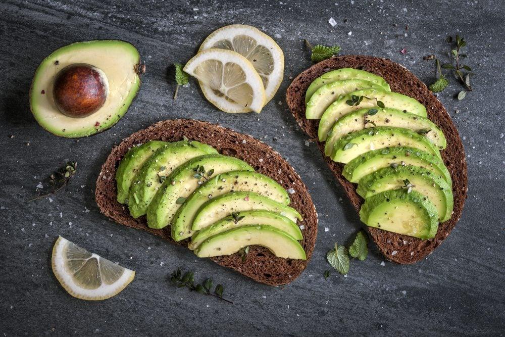 prevent high cholesterol _avocados