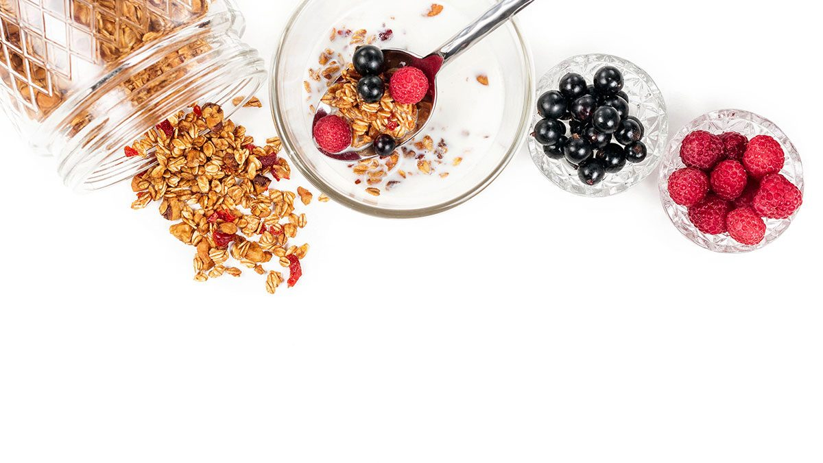 Meal Plan, granola and berries
