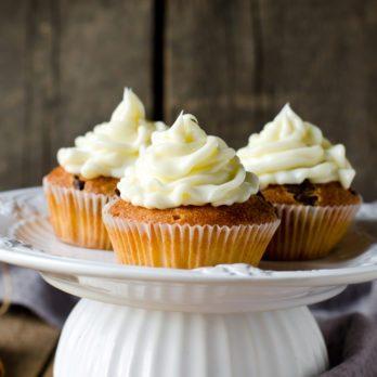 Healthy Pumpkin Spice Cupcakes