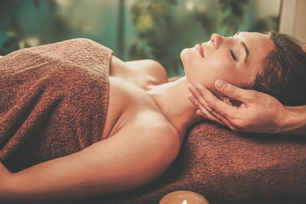 benefits of massage therapy _woman getting a massage