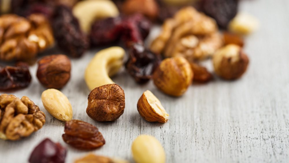 Hiking snacks: almond chickpea power mix