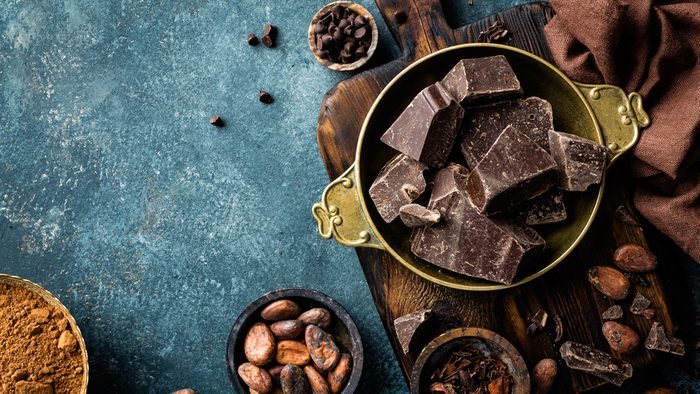flat tummy foods dark chocolate