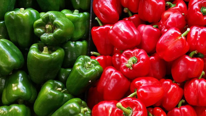 Foods high in vitamin C, red and green peppers