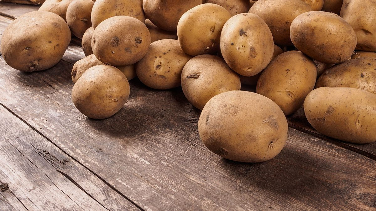 Foods high in vitamin C, potato