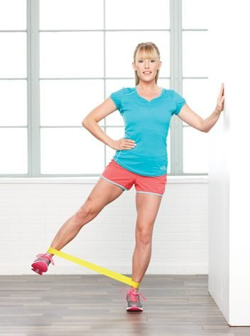 Hip abductions: 1 minute