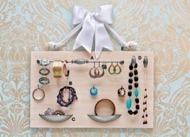 DIY jewellery organizer