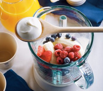 Greek Yogurt & Berry Smoothie