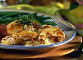 Gruyere and Apple Potatoes Au Gratin
