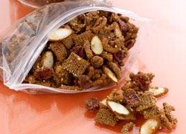 Heart-y Antioxidant Almond Snack Mix