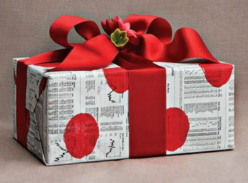 The newspaper gift wrap
