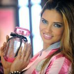 News: Victoria's Secret Angel drinks only protein shakes pre-show
