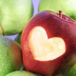 5 ways apples help keep the doctor away