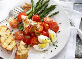 Grilled Asparagus Vinaigrette