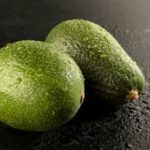 5 reasons to eat more avocados