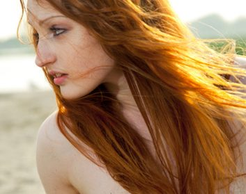 Summer hair: How to get beachy waves