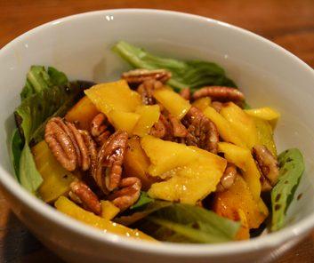 Meatless Monday: Golden Beet, Mango and Mixed Green Salad