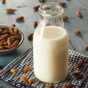 The Health Benefits of Nut Milks