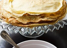 Caramelized Apple Crêpes with Maple Syrup