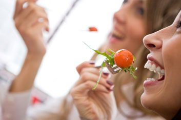 eating cherry tomatoes