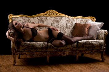 boudoir sexy photo shoot