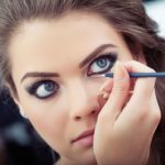 Beauty how-to: Cat eyeliner
