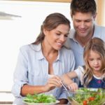 6 ways to raise a healthy eater