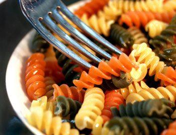 coloured pasta