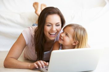 blog computer mom daughter