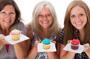 womenwithcupcakessweettooth