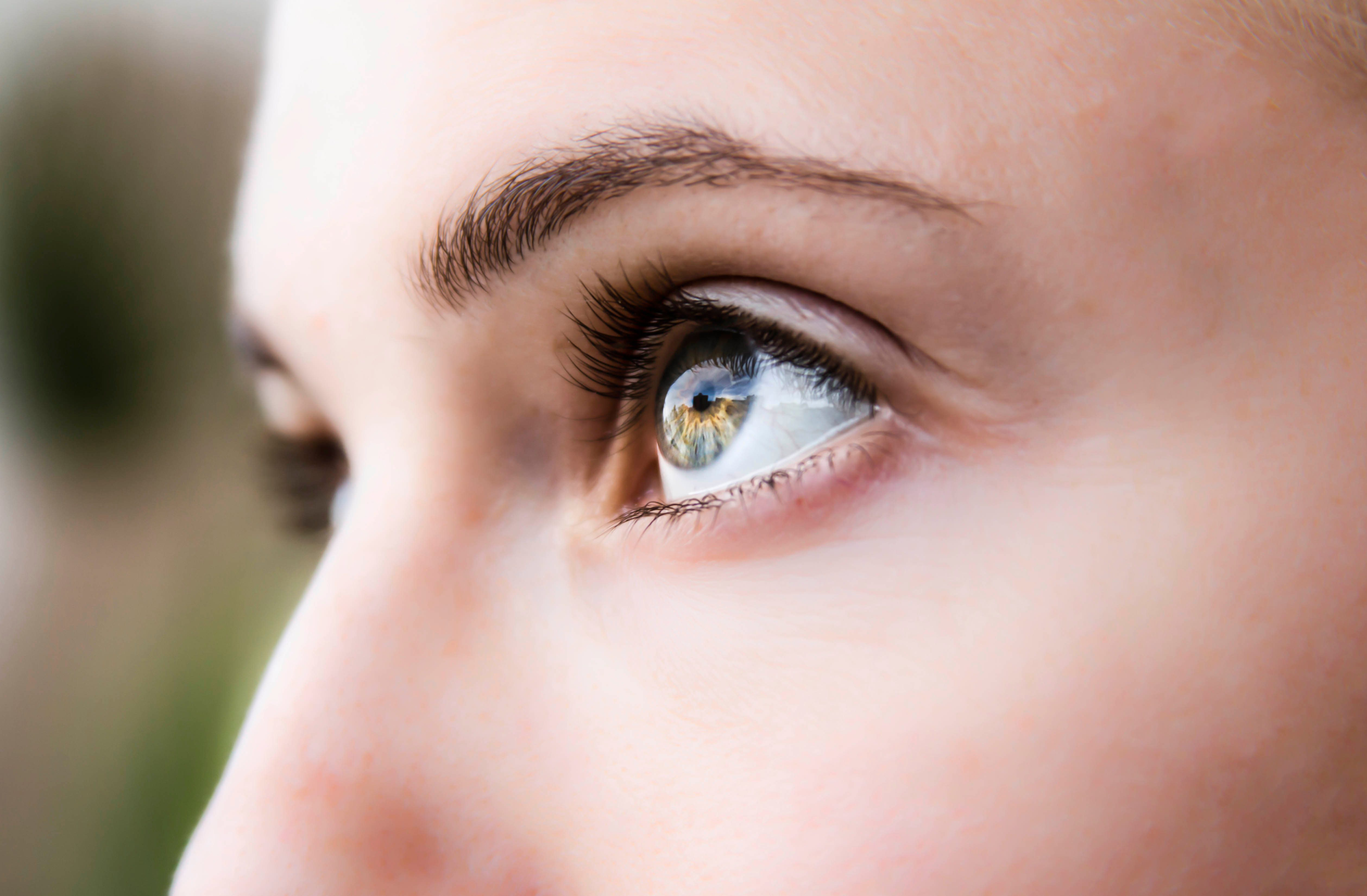 Why Doctors Look In Your Eyes With A Light Best Health Magazine