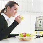 21 easy ways to cut calories during your workday
