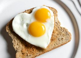 heart shaped eggs on toast