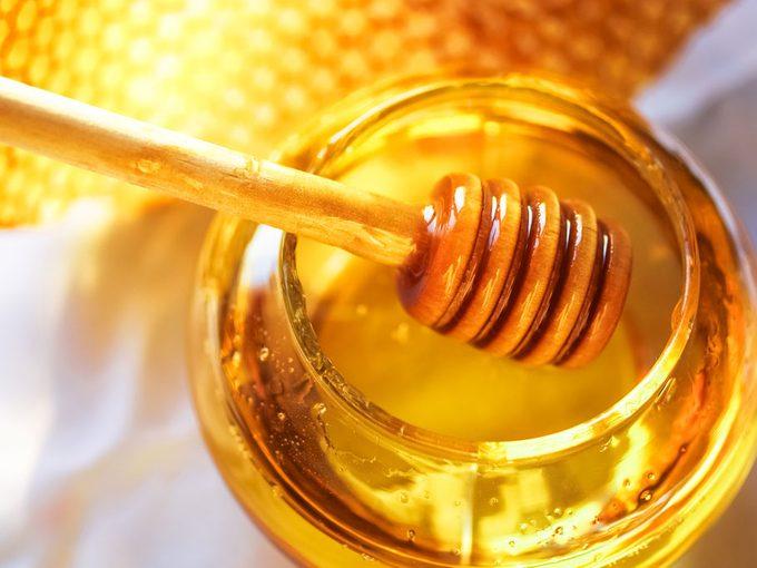 Honey: Health Benefits Beyond Soothing Sore Throats