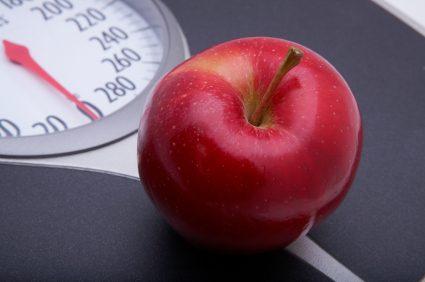 bmi calculator - scale and apple