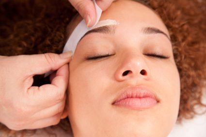 Threading, waxing or plucking: How should you shape your eyebrows?