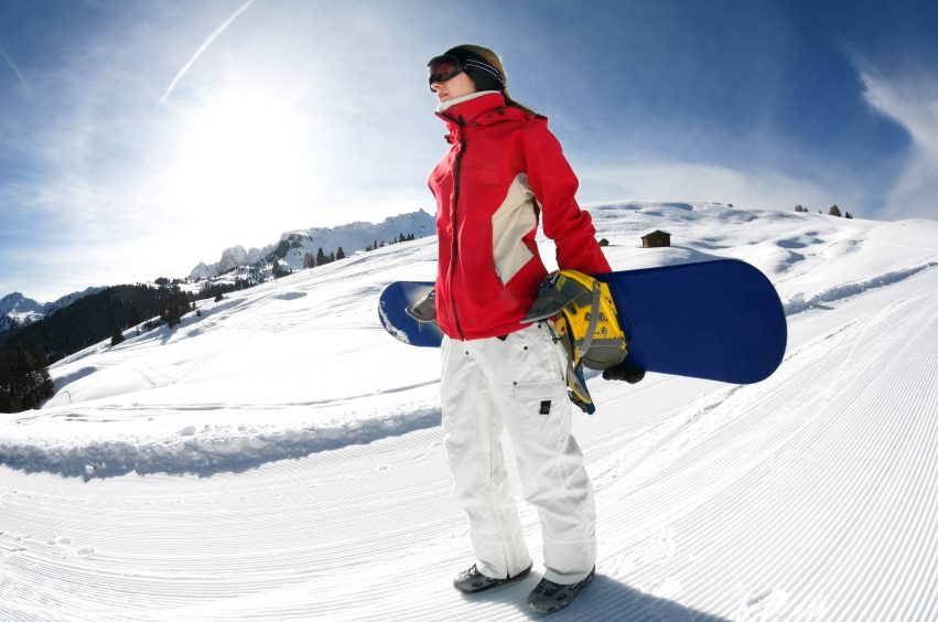 Snowboarding vs. skiing: Which is right for you?