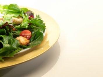 istock_salad-83434181.jpg