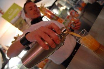 juice bar-28111504.jpg