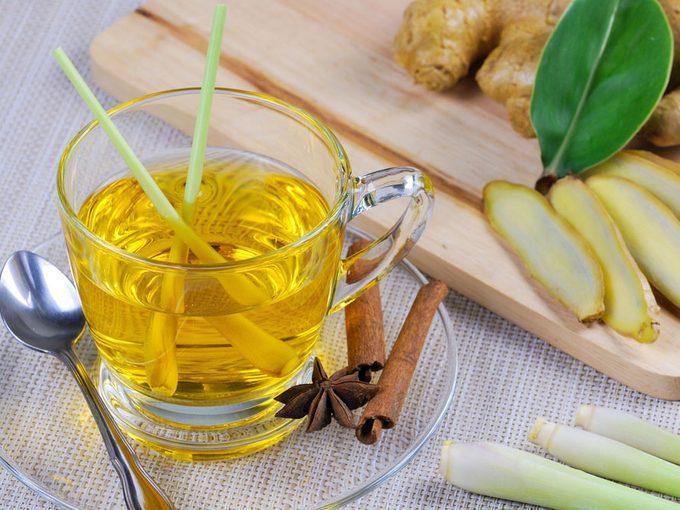 The Benefits of a Lemongrass Tea Detox