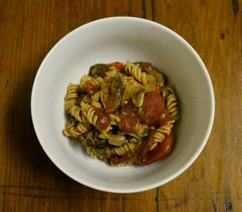 Meatless Monday: Red Lentil Pasta with Tomato Sauce