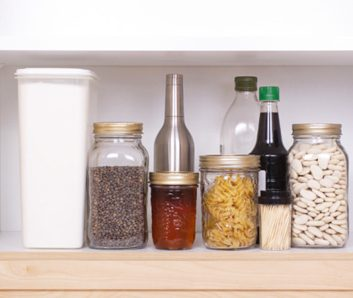 5 steps to clearing out your pantry